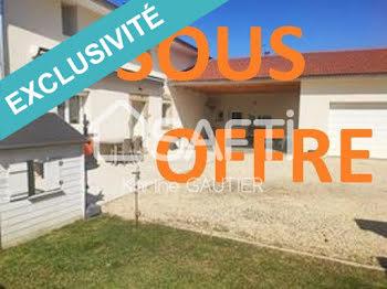 maison à Bougé-Chambalud (38)