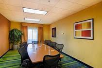 Fairfield Inn and Suites Newark Airport