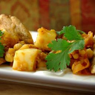 Potato And Chickpea Dhansak With Mini Puri