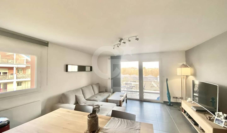 Apartment with terrace Poisy