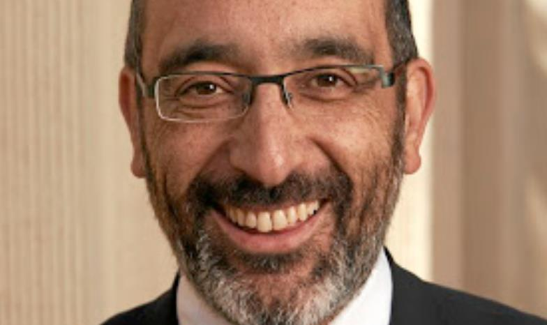 Chief Rabbi Warren Goldstein fires off another salvo in spat with Archbishop Thabo Makgoba - TimesLIVE