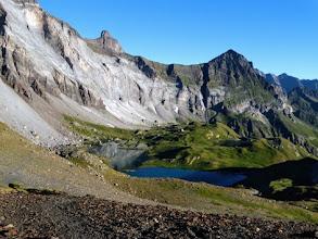 Photo: Dal passo, guardando verso il lago ed il rifugio de Barroude, ancora visibile.