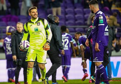 Anderlecht veut conserver Hendrik Van Crombrugge avec un meilleur contrat