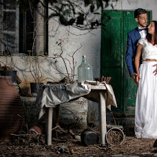 Wedding photographer Kostas Mathioulakis (Mathioulakis). Photo of 21.09.2017