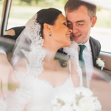 Bryllupsfotograf Anna Evgrafova (FishFoto). Bilde av 19.03.2014