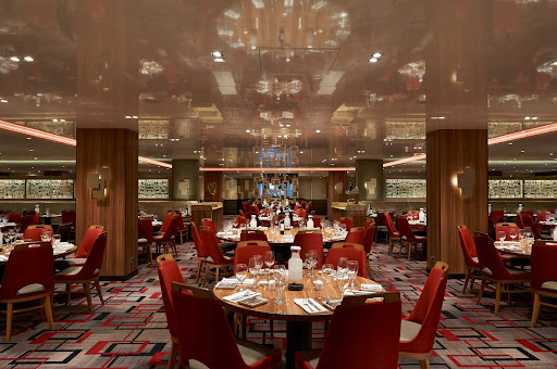 CCL_Horizon_Reflections Restaurant_5332.jpg -      Reflections is one of two complimentary restaurants on Carnival Horizon.