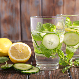 The 10-Day Tummy Tox Water.