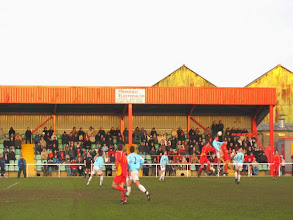 Photo: 27/12/04 v Rugby United (Southern League Premier Division) 0-0 - contributed by Leon Gladwell