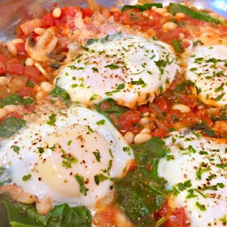 Easy Skillet Eggs with Tomatoes, White Beans and Fresh Spinach Recipe