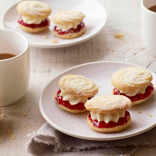 Mary's Viennese whirls.