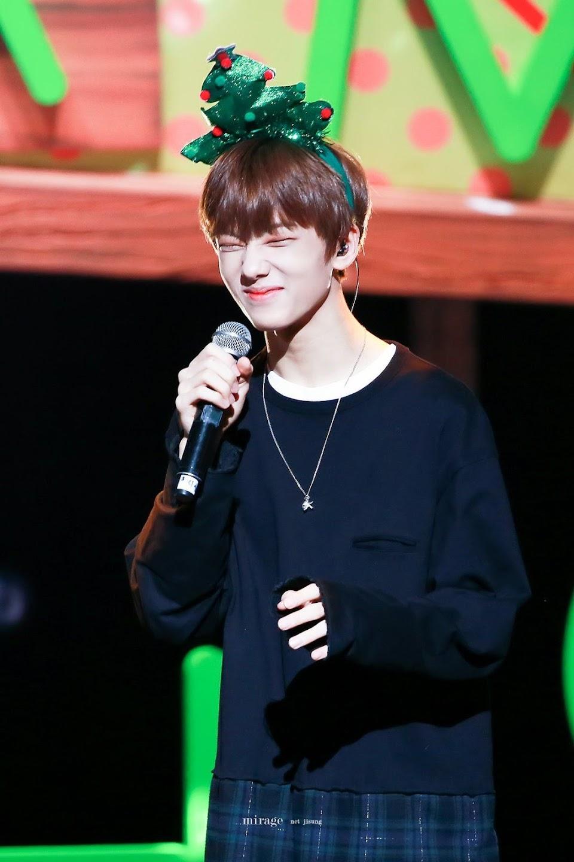 cute idol 33