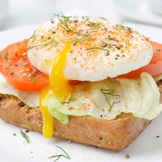 Protein Egg & Tomato Toast.