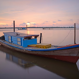 Motor air by AbngFaisal Ami - Transportation Boats