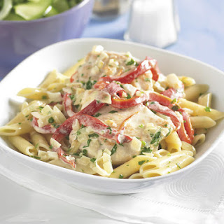 Chicken and Pasta with Creamy Pepper Sauce