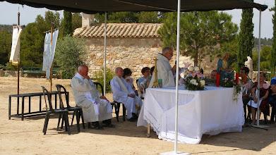Photo: Ha presidit la celebració Mn. Àngel Alegre, rector del Soleràs i Granyena de les Garrigues i con-celebraven Mn. Jordi Piñol, rector de Juncosa i Els Torms i també Mn. Josep Mª Cebrià, rector de Llardecans i Torrebesses.