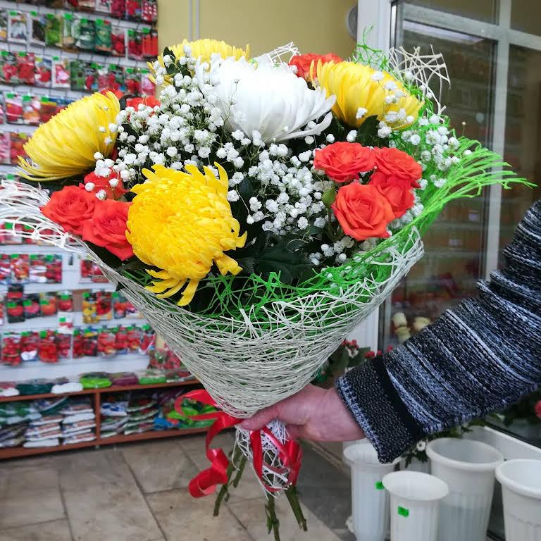 dostavka-tsvetov-v-suvorove-tulskaya-oblast-dostavka-buketa-moskva