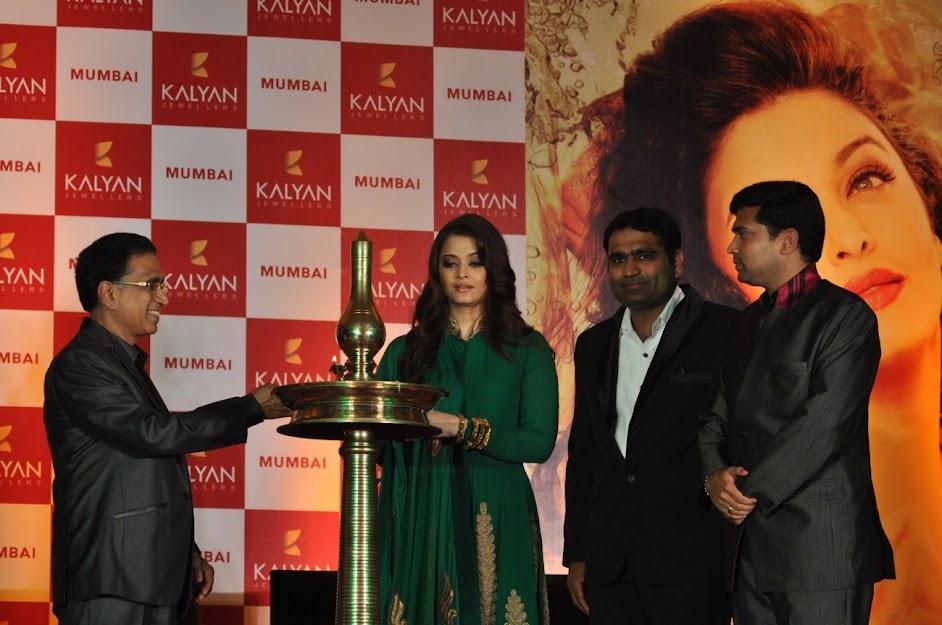 Aishwarya Rai at Kalyan Jewelers event