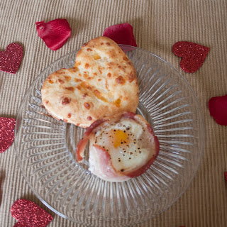 Show Your Love with Egg and Bacon Cups with Cheddar Cheese Biscuits.
