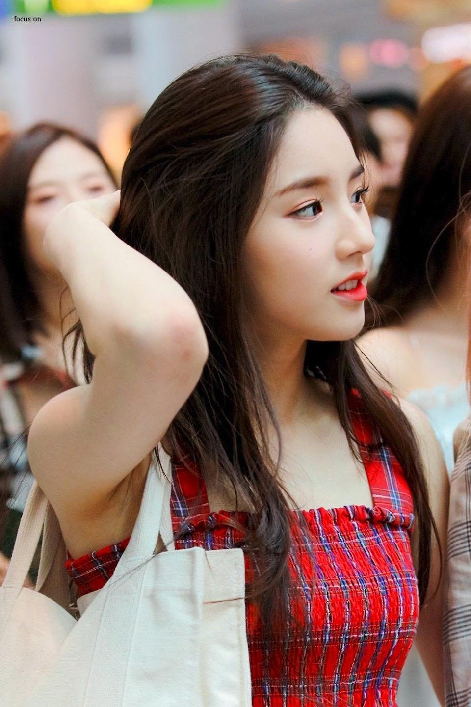 heejin profile 7