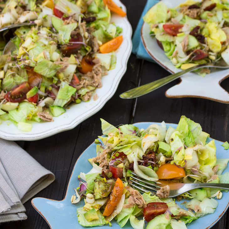 Colorful Salad with Tuna and Sundried Tomatoes Recipe | Yummly