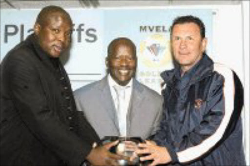 EAGER: Winners Park's Trevor Lekalakalane, City Pillars' Louis Tshakoane and University of Pretoria's Sammy Troughton during the Mvela Golden League Platinum Playoffs draw in Johannesburg yesterday. Pic. Antonio Muchave. 21/05/2007. © Sowetan.
