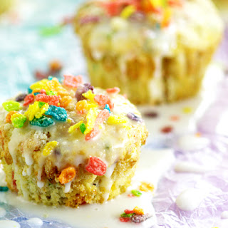 Rainbow Fruity Pebbles Muffins.