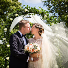 Wedding photographer Viktoriya Shabalina (vikashabalina). Photo of 07.10.2015