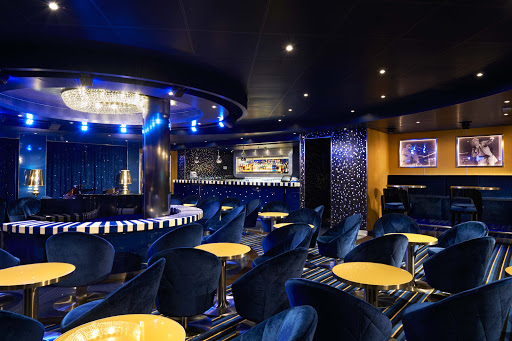 carnival-vista-PianoBar88.jpg - For a relaxing evening of entertainment, visit Piano Bar 88 on Carnival Vista.