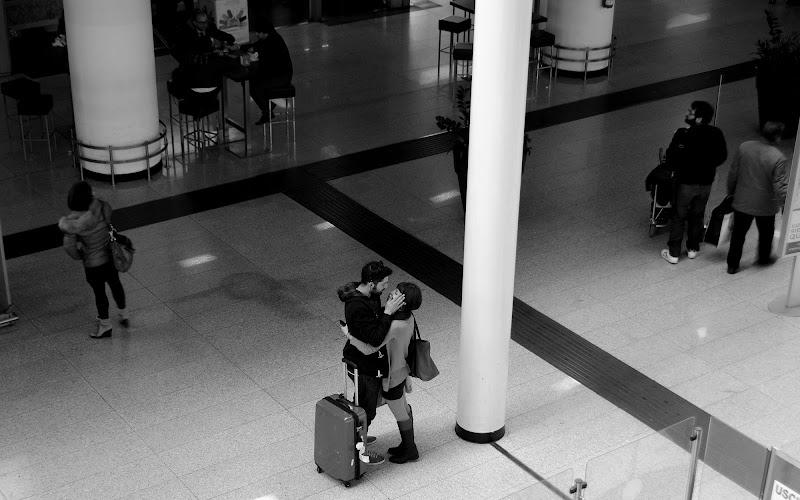 All'aereoporto  di Zoe j A