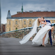 Wedding photographer Michał Wiśniewski (winiewski). Photo of 30.03.2016