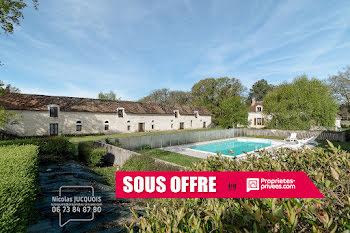 propriété à Oyré (86)