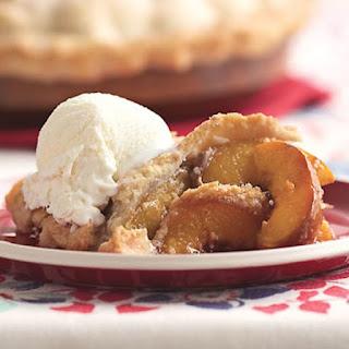 Summer Peach Pie with Vanilla and Cardamom