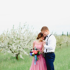 Wedding photographer Polina Zayceva (zaytsevapolina). Photo of 07.05.2016