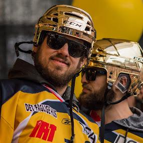 Tyler Gron by Lindberg-Photo.dk, Mathias Lindberg - Sports & Fitness Ice hockey ( lindberg, danmark, lindberg-photo, lindberg-photo.dk, mathias lindberg, denmark, esbjerg, torvet i esbjerg )