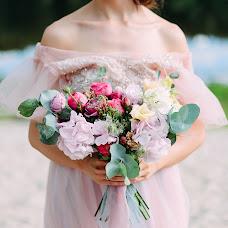 Wedding photographer Oksana Vedmedskaya (Vedmedskaya). Photo of 15.07.2017