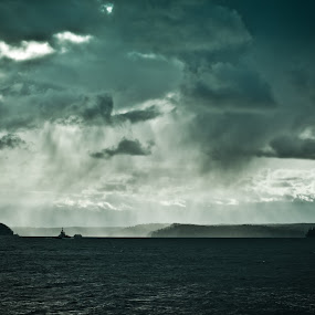 Storm is coming by Mukul Soman - Landscapes Waterscapes ( strom, soman, beautiful, mukul, nikon, landscape, rain, photography )