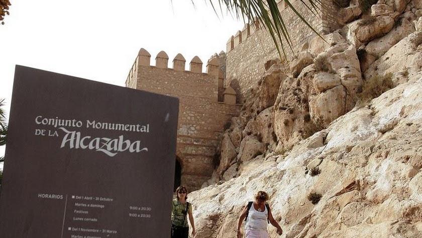 La mayor caída registrada en el número de visitantes se corresponde con La Alcazaba.
