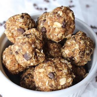 6 Ingredient No Bake Energy Balls