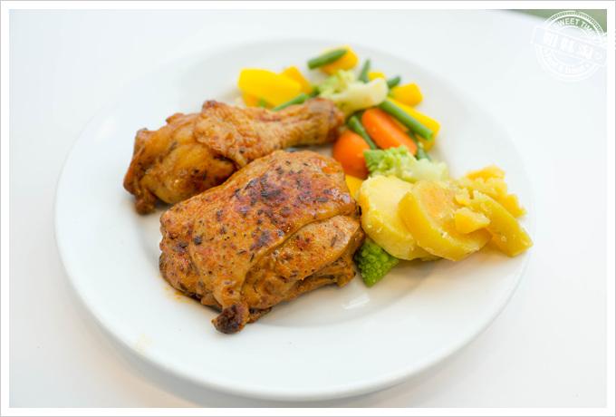 IKEA瑞典餐廳香草紙包雞