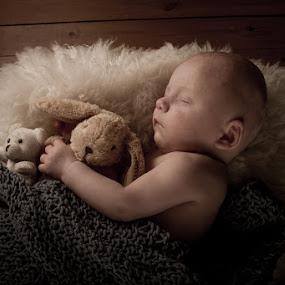 by Ian McGuirk - Babies & Children Babies