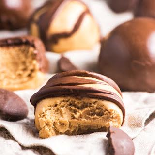 4-Ingredient Copycat Reese's Peanut Butter Truffles