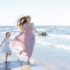 Wedding photographer Nika Pakina (Trigz). Photo of 17.06.2019