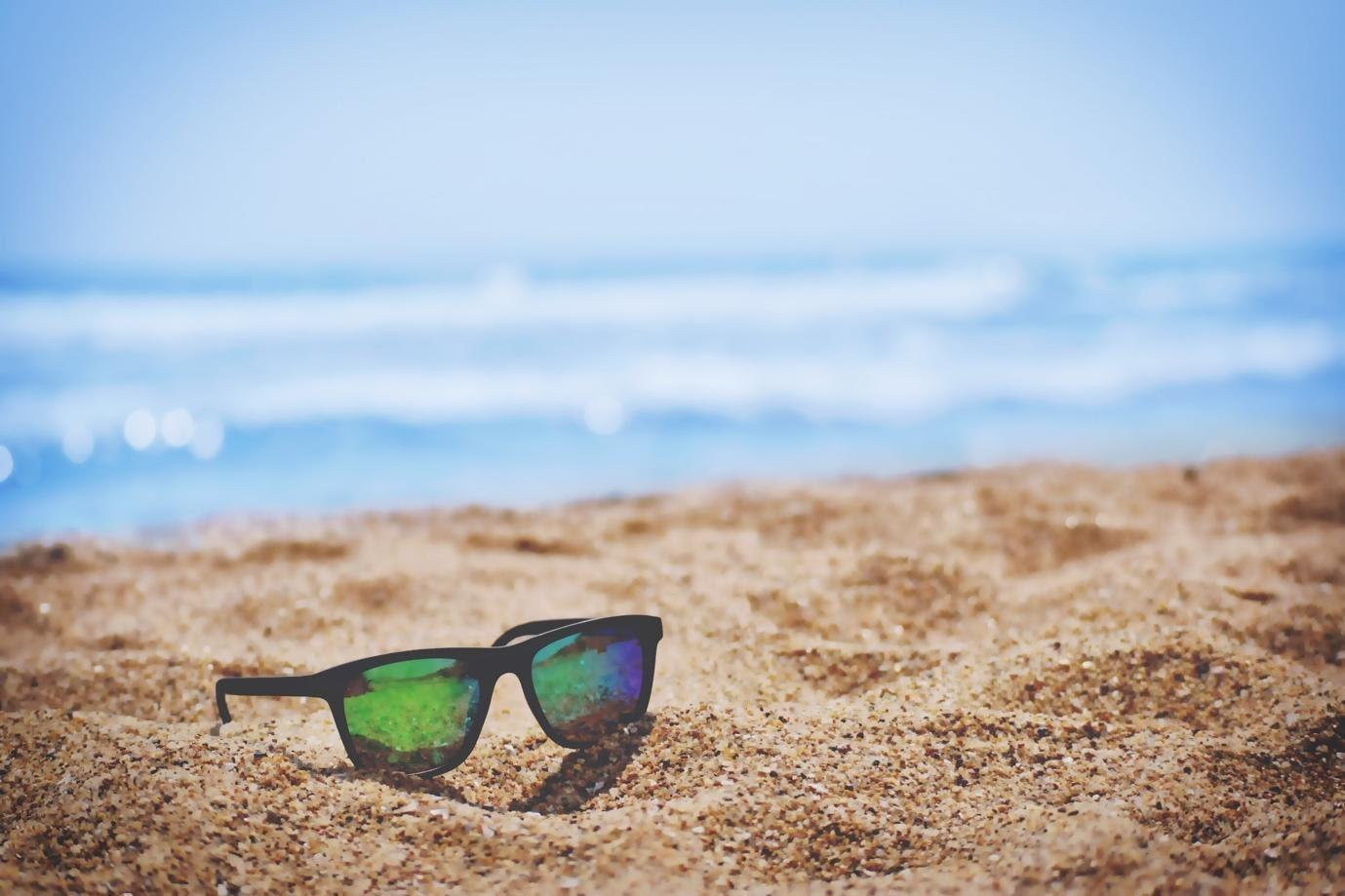 How to protect your eyes on the beach this Summer