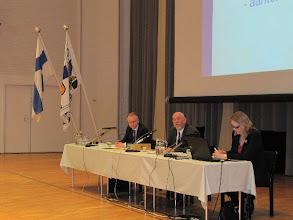 Photo: Kokouksen puheenjohtajana toimi Markku Holm.