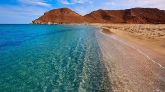 Las aguas de las playas almerienses, aptas para el baño
