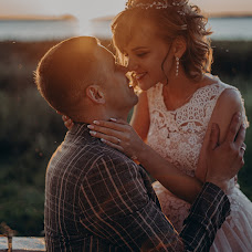 Wedding photographer Aleksandra Lovcova (AlexandriaRia). Photo of 01.09.2019