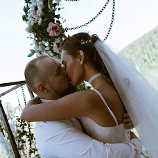 Wedding photographer Sasha Pavlova (Sassha). Photo of 15.01.2018