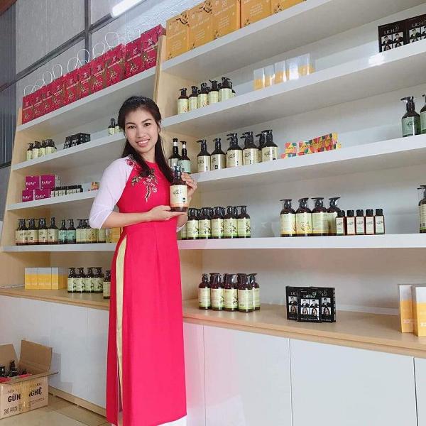 Quyết định nghỉ việc ở bệnh viện, cô nàng 8X kiếm hơn 30 triệu đồng/tháng nhờ theo đuổi ước mơ kinh doanh online - Ảnh 1