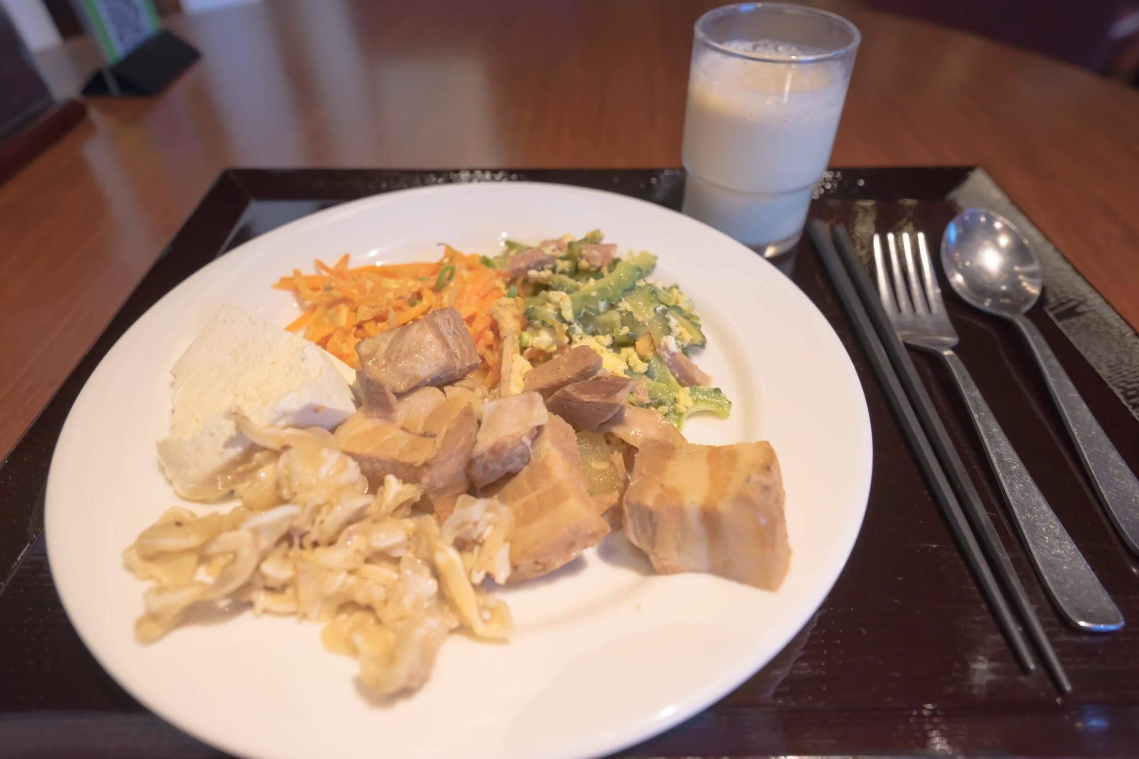 Hotel Rocore Naha breakfast8