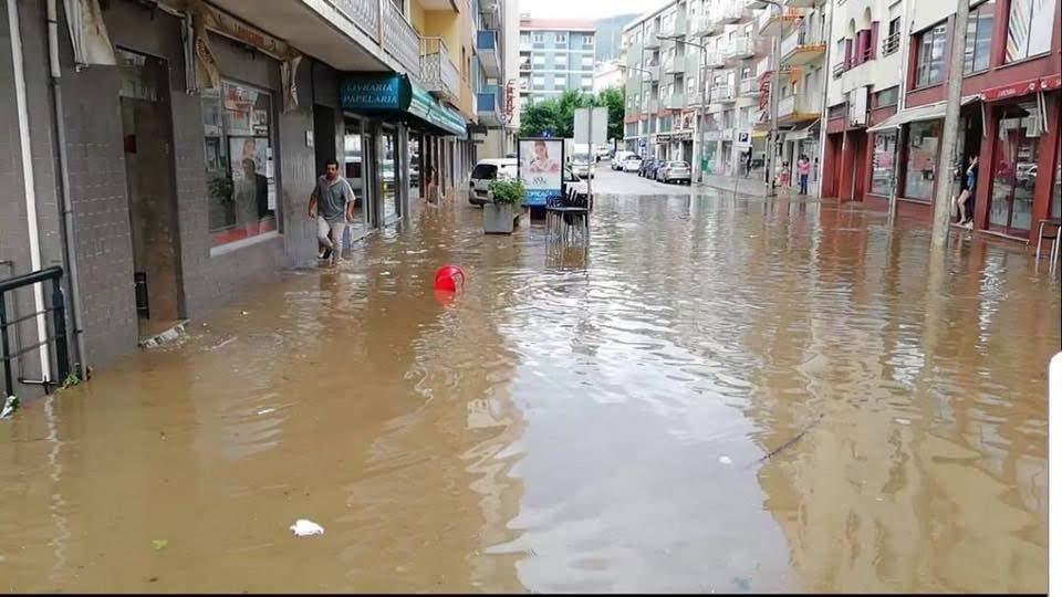 Lamego surpreendido por dilúvio
